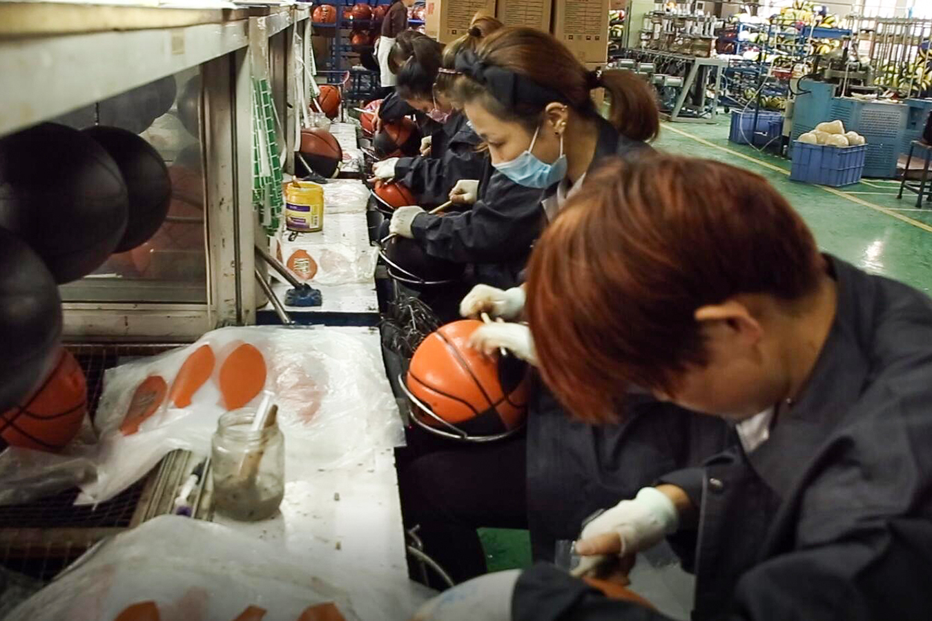 Gluing basketball panels